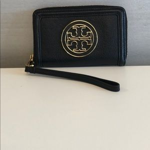 Tory Burch wristlet Black leather with gold zip
